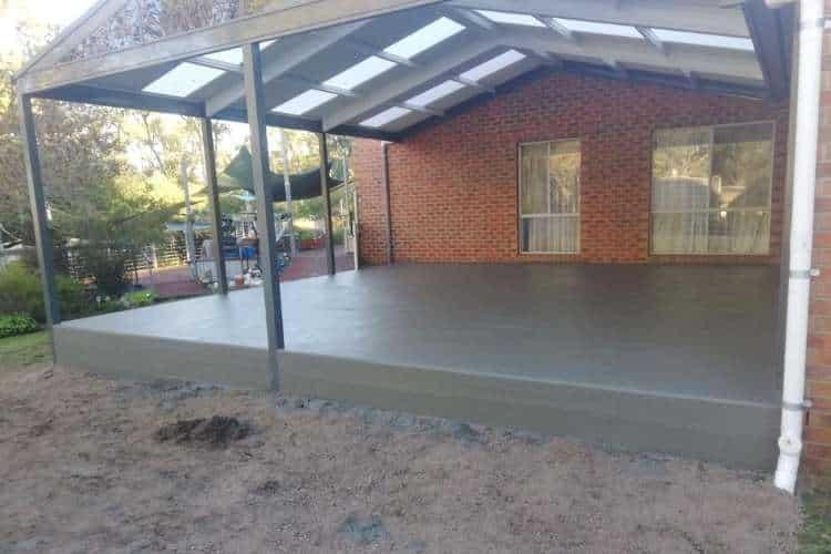 An image of the back of a Ballarat house with a pergola and concrete slab underneath